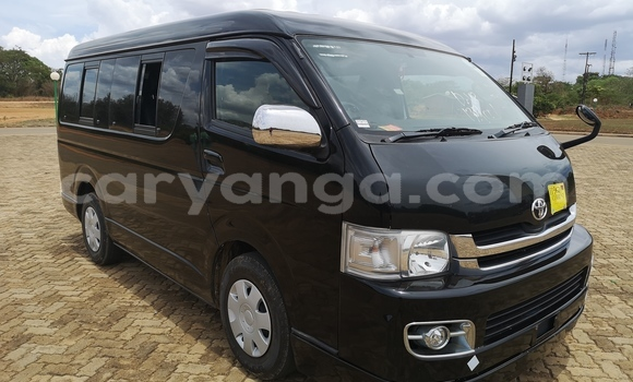 Buy Used Toyota Hiace Black Car in Lilongwe in Malawi
