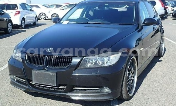 Buy Imported BMW 3–Series Black Car in Lilongwe in Malawi