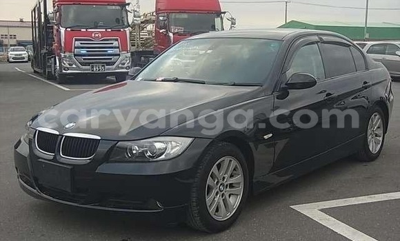 Buy Imported BMW 3–Series Black Car in Blantyre in Malawi